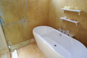 Bathroom, How to renovate the decoration on a budget